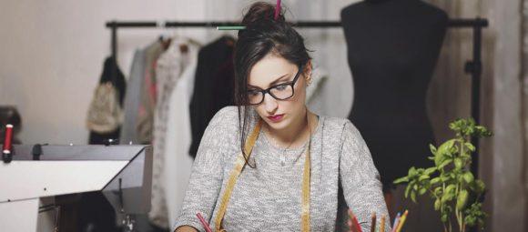 Become a Successful Fashion Designer